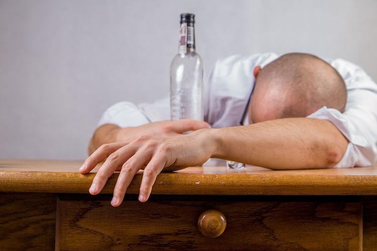 الکل و اثر مخرب بر خواب